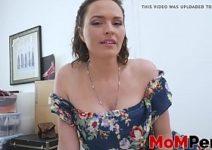 Baixar filmes porno mulher dando a buceta gosotsa para o filho foder