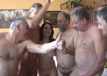 Porno 3g amigos tarados fudendo a putinha na suruba deliciosa porno carioca