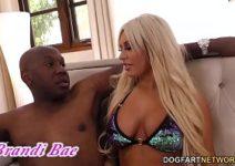 Africano comendo loirona em porno anal safado