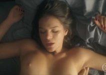 Bruna Marquezine nua pelada dando a buceta em novela